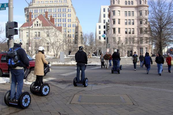 Segway tour at Washington, D.C. (Pennsylvania Ave & 7th) in 2010.