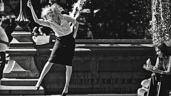 Greta Gerwig dances, plotlessly, in 'Frances Ha'