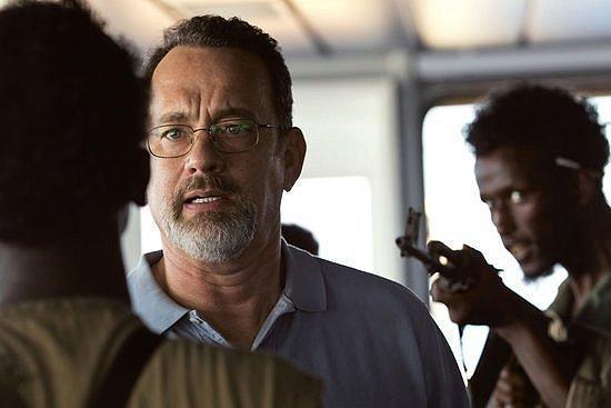 Tom Hanks encounters Somali pirates in 'Captain Phillips'