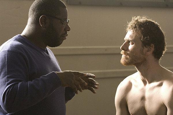 Steve McQueen directs Michael Fassbender in 'Hunger'