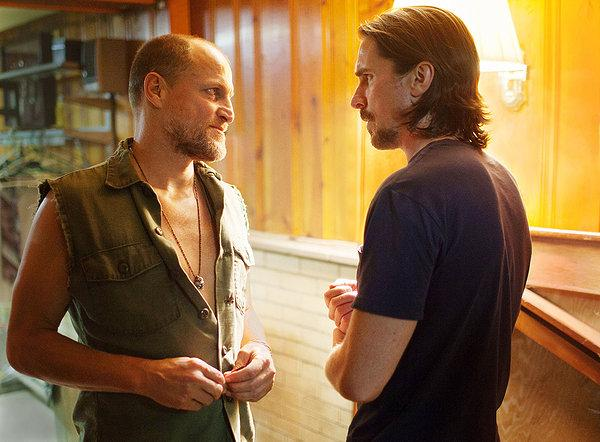 Woody Harrelson, being vile, and Christian Bale, being unsubtle, in 'Out of the Furnace'