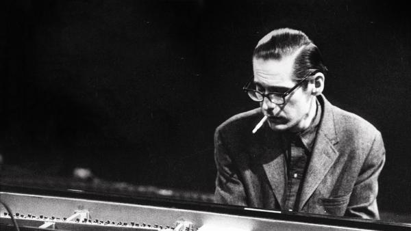 Jazz piano fan favorite Bill Evans (1929-1980).