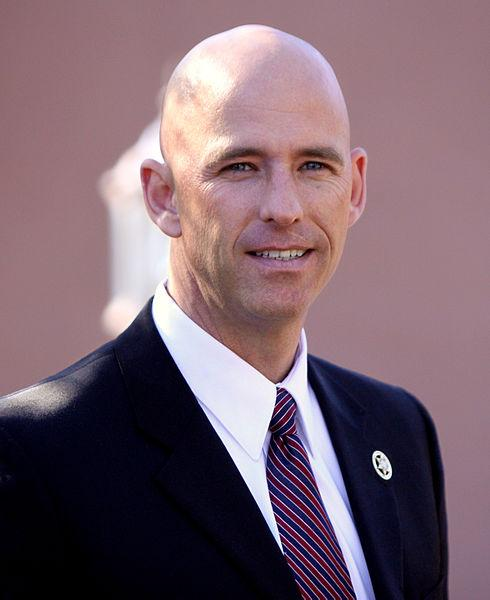 Sheriff Paul Babeu speaking at a supporters rally for Mitt Romney in Paradise Valley, Arizona on December 6, 2011.