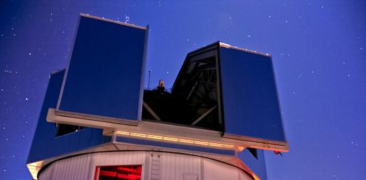 Leaders of Lowell Observatory recalled the risk involved in building the new Discovery Channel Telescope at a gala Saturday.