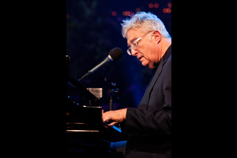 Songwriting legend Randy Newman takes the ACL stage with a selection of his greatest tunes.