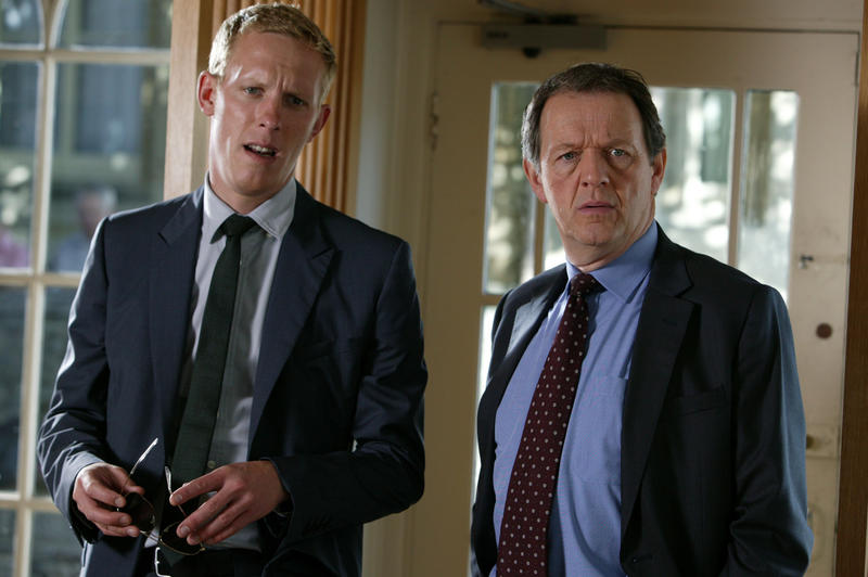 Laurence Fox as DS Hathaway and Kevin Whately and DI Lewis