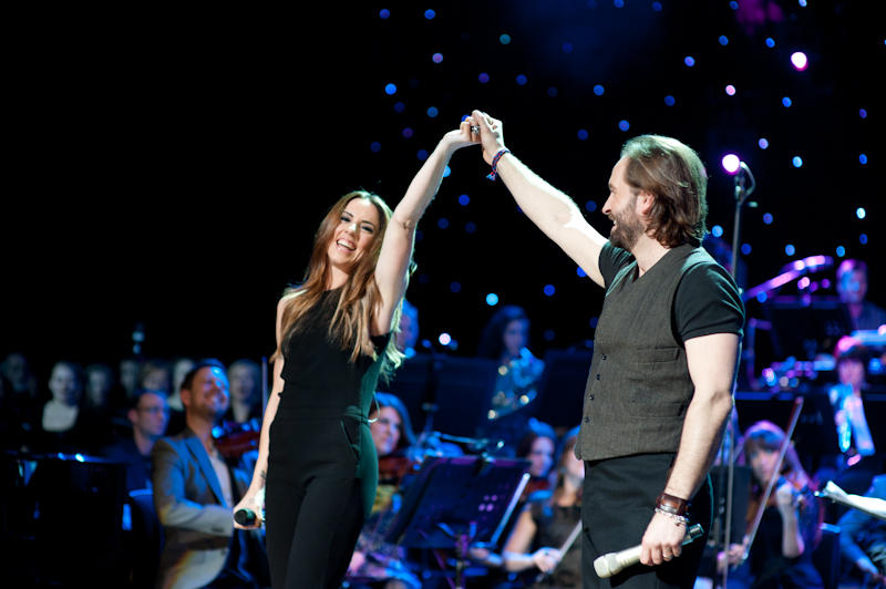 Singer Melanie C and Alfie Boe take a bow.