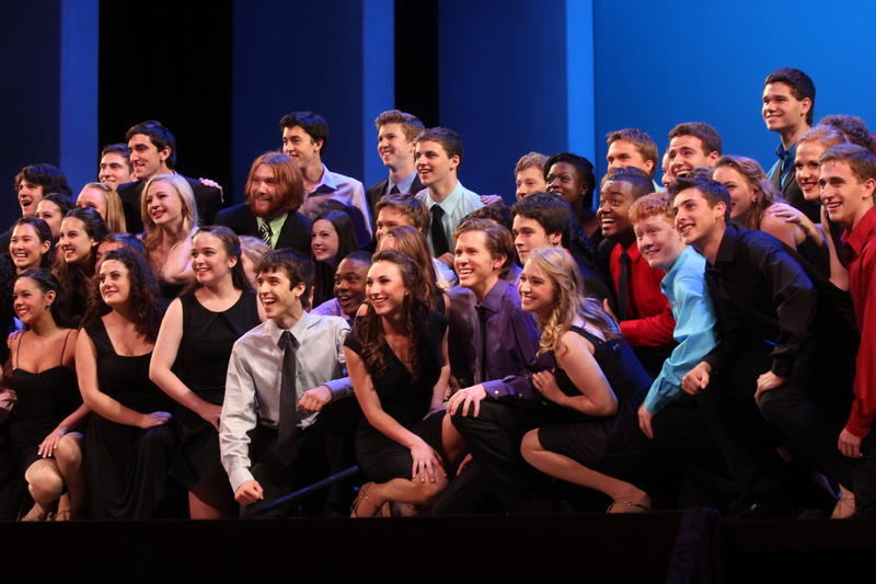 Follow the drama and disappointment of high-school theater stars' aspirations to perform on Broadway.