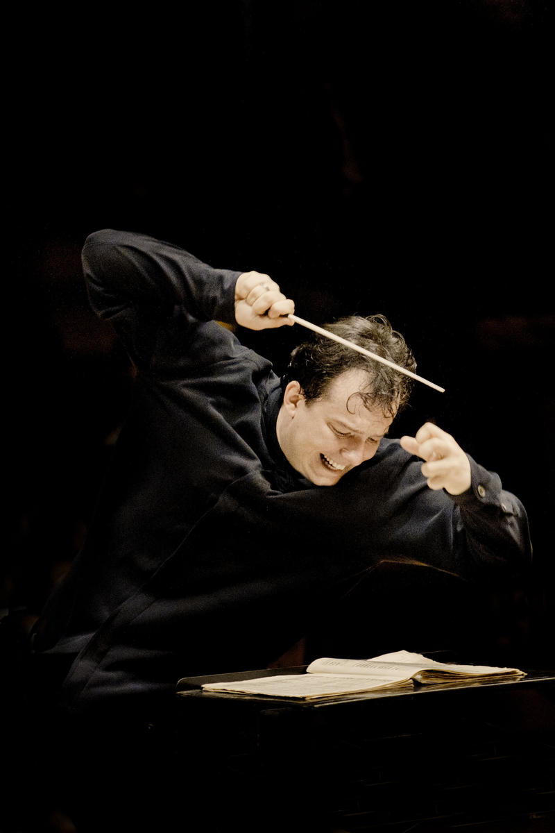 "GREAT PERFORMANCES ""Tanglewood 75th Anniversary Celebration"", Andris Nelsons Conducting."