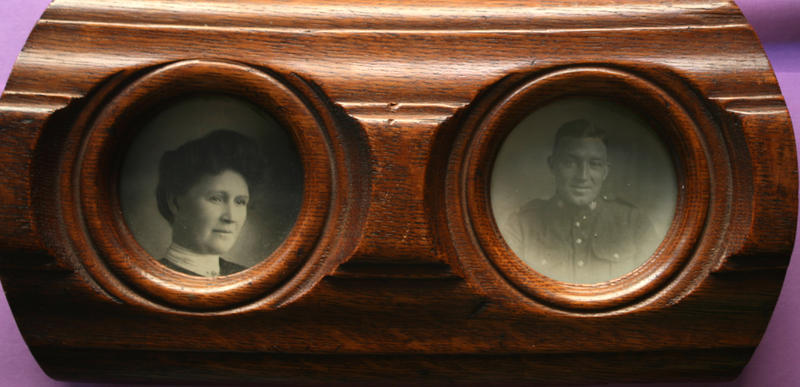 Cousins ask HISTORY DETECTIVES to find out if this odd-looking frame that belongs to their grandmother is really made from a piece of the Titanic's grand staircase banister.