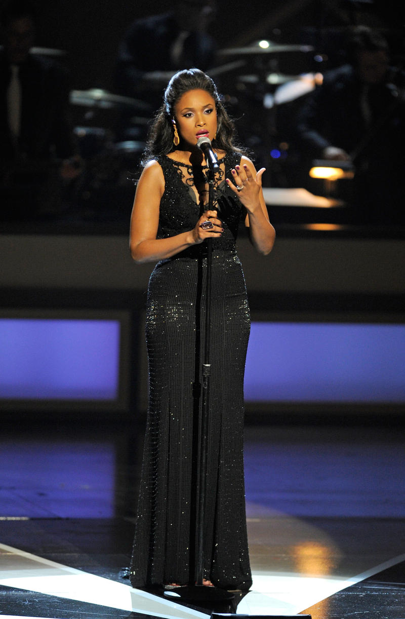 """Jennifer Hudson performs finale """"Take Care of This House"""" at the opening of The Smith Center in Las Vegas."""