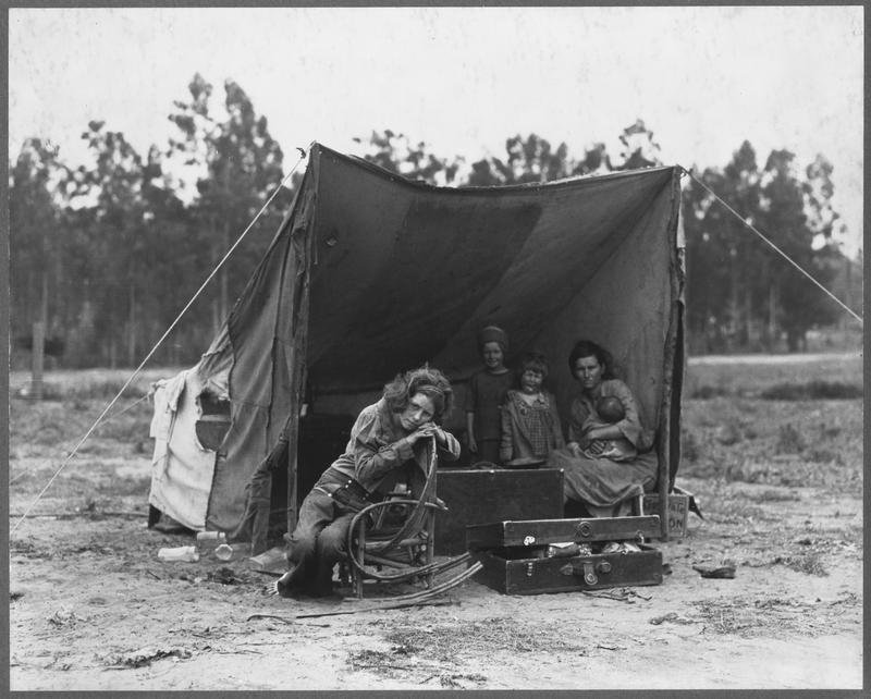 FSA photographer Dorothea Lange came across Florence Thompson and her children in a pea pickers' camp in Nipomo, California, in March 1936.