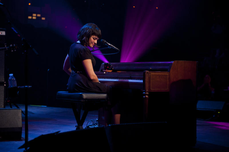 Norah Jones sings songs from her Dangermouse-produced album Little Broken Hearts.