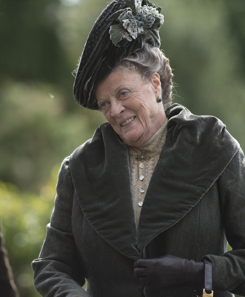 Shown: Dame Maggie Smith as the Dowager Countess