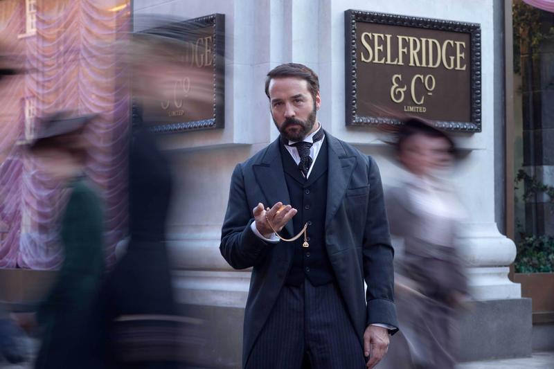 Jeremy Piven as Harry Selfridge