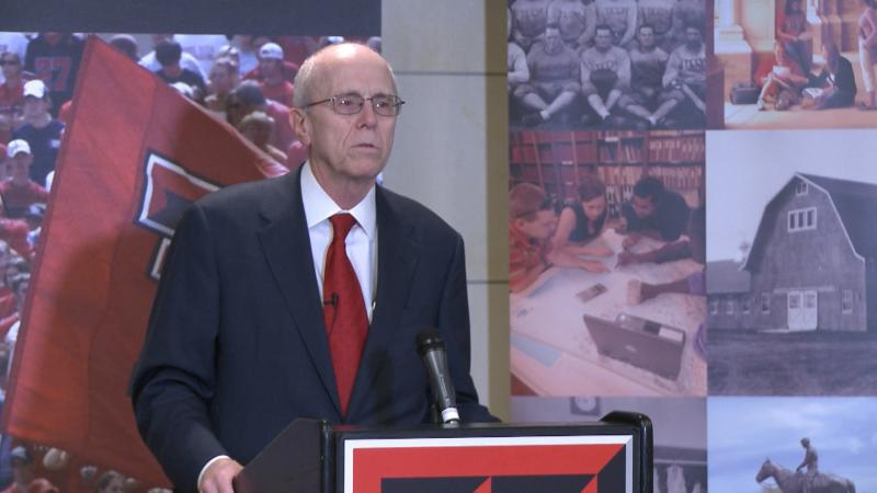 Chancellor Kent Hance announces he will retire in 2014.