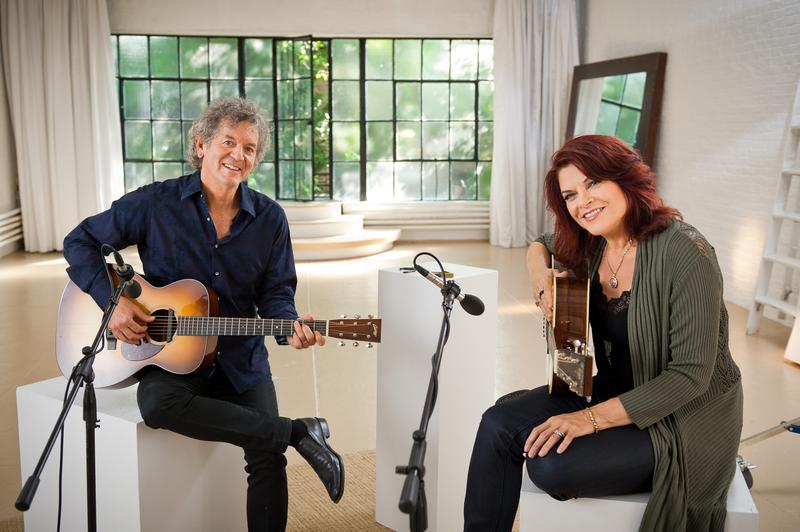 Grammy Award-winner Rosanne Cash hosts PBS Arts from the Blue Ridge Mountains: GIVE ME THE BANJO.