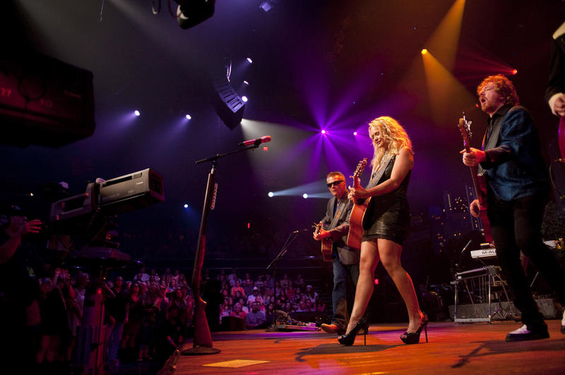 The multiple award-winning Miranda Lambert performs her greatest hits.