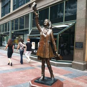 The Mary Tyler Moore statue in downtown Minneapolis, Minnesota.