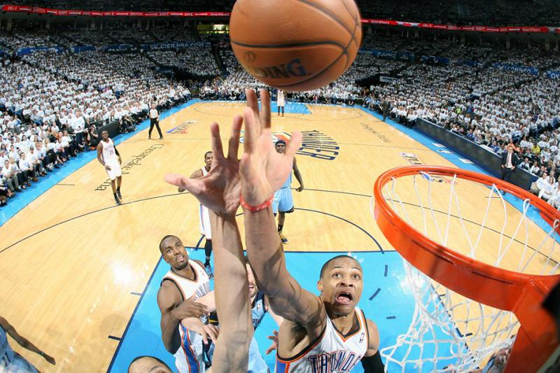 http://i.cdn.turner.com/nba/nba/.element/media/2.0/teamsites/thunder/13_grizzlies_lm_140429.jpg