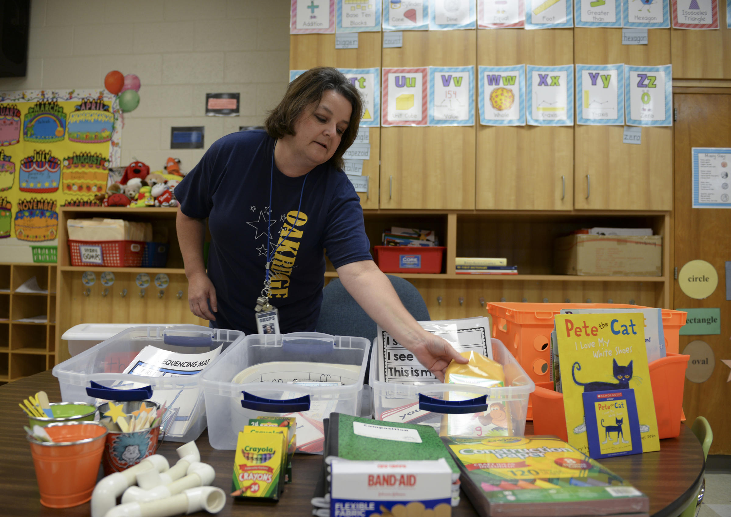 Oklahoma Teachers Expected To Spend Hundreds On Classroom Supplies