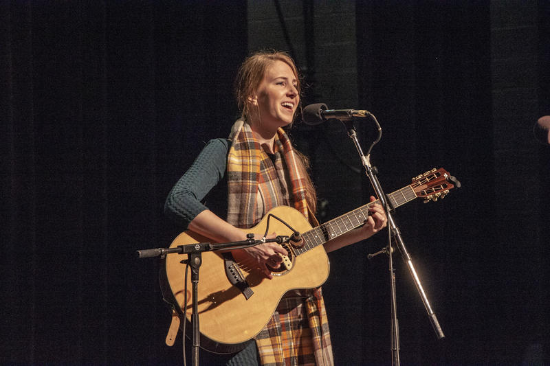 Brittany Jean performs at the 2018 Fall Folk Festival