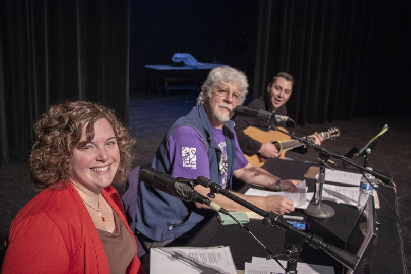 Carlos Alden and Neesha Schrom Crosen host the KPBX Live Broadcast from the 2018 Fall Folk Festival with house musician Mellad Abeid