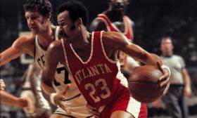 """""""Sweet"""" Lou Hudson, during his days with the Atlanta Hawks."""
