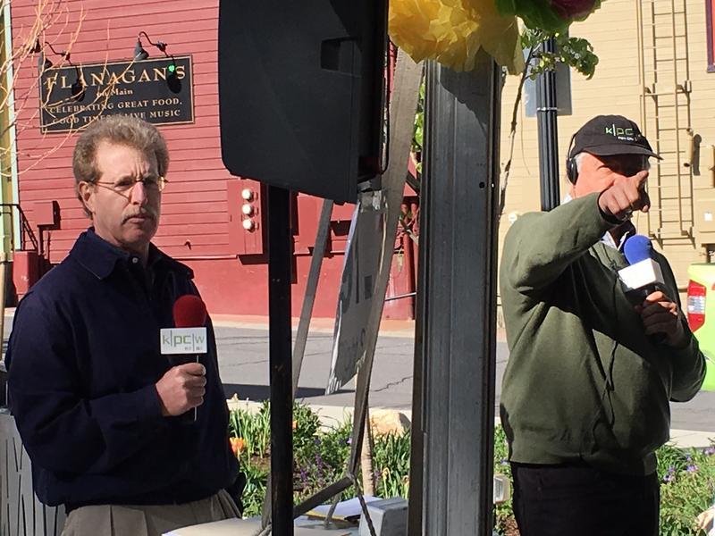 Bob Richer, left, and Larry Warren