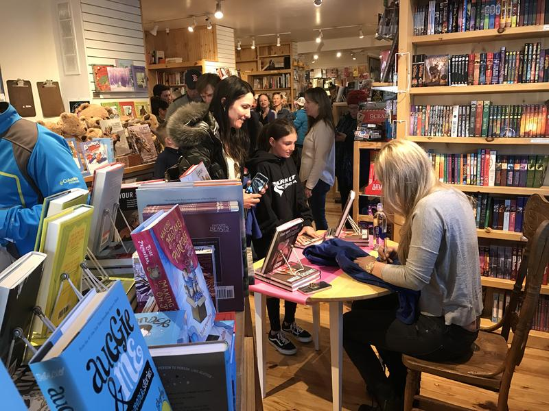 """More than 200 people showed up to get a signed copy of Vonn's book, """"Strong is the New Beautiful."""""""