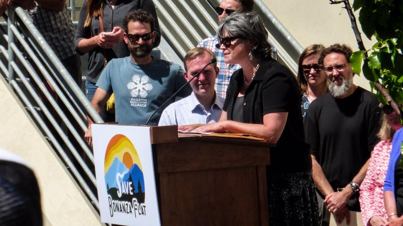 Utah Open Lands Executive Director Wendy Fisher thanks everyone involved.