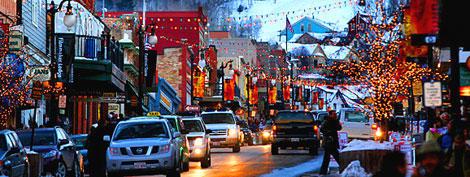 Main Street Gets Into The Christmas Spirit