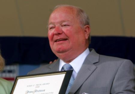 Seattle Mariners play-by-play broadcaster Dave Niehaus at his Baseball Hall of Fame induction ceremony in Cooperstown, New York, in July 2008. Niehaus died of a heart attack at his Bellevue home on Wednesday.