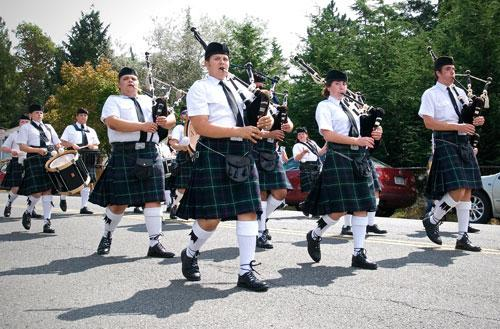 The Northwest Junior Pipe Band marches in the Shoreline parade