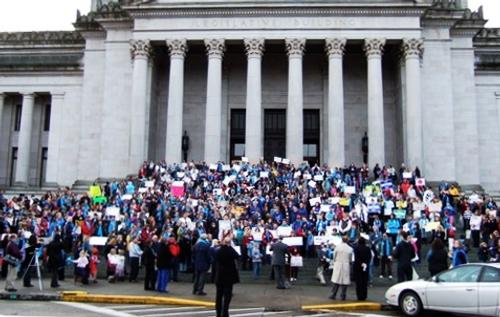 Nearly 1,000 supporters will gather in Olympia to press lawmakers on school issues. Last year's rally (above) drew more than 1,000 people.