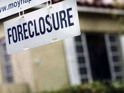 Bad appraisals contributed to problems that led to the wave of foreclosures that has swept the nation.  But regulations meant to fix them aren't working, according to many in the industry. They're demanding more intervention by the feds.