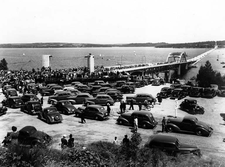 Motorists line up for the opening of the first Lake Washington floating bridge in 1940. The Eastside Heritage Society is having a presentation on the history of the bridge, Thursday, May 19 at Winters House, 2102 Bellevue Way SE.
