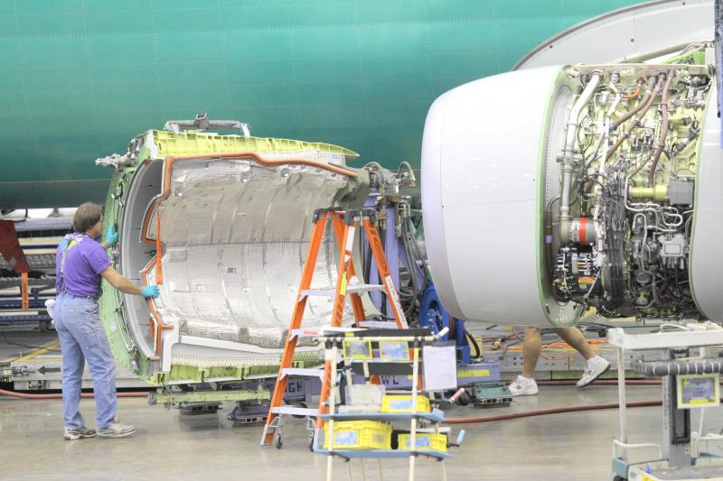 Boeing says it has promised to make the engines on its 737 airplane more fuel efficient to retain customers.