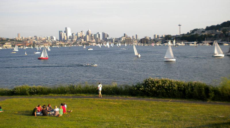 This Fourth of July, like almost all Fourths in Seattle, will have sunny skies and warm temps.
