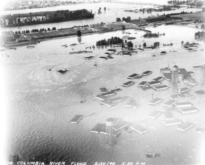 The Columbia River floods Vanport, Ore., on May 30, 1948.