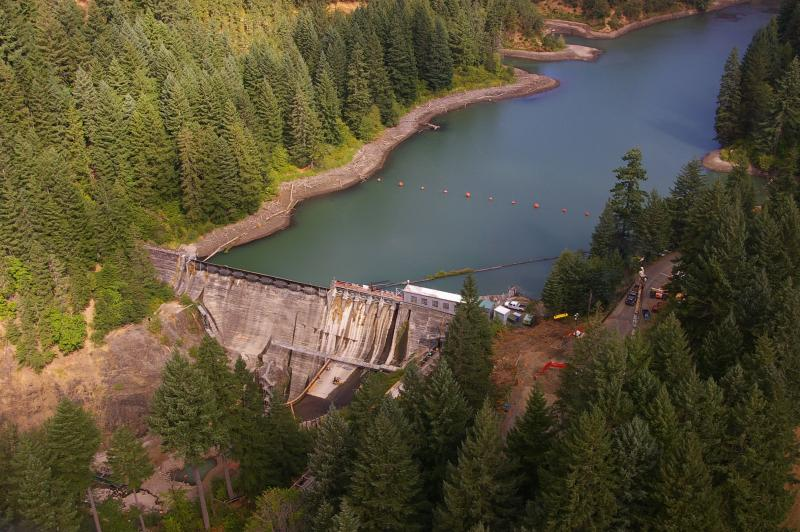 Condit Dam in August 2011 before the breach