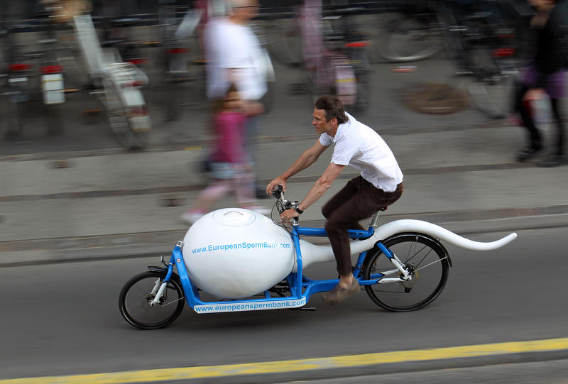 A version of this bike, photo graphed zooming around in Copenhagen, will soon be plying the streets of Seattle delivering donated sperm to fertility clinics.
