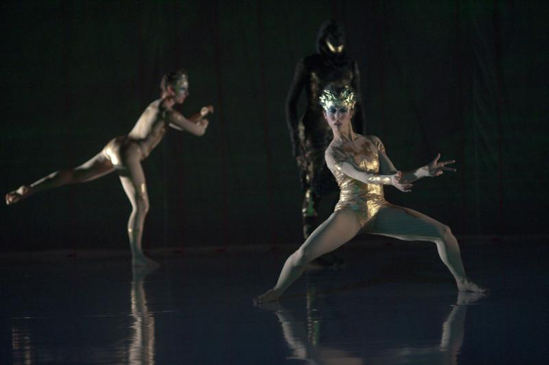 Dancer and choreographer Zoe Scofield (front) co-directs zoe|juniper with her husband Juniper Shuey, a visual artist.