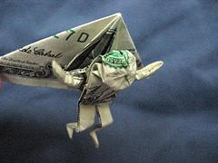 Group wants customers of big banks to take flight with their money.
