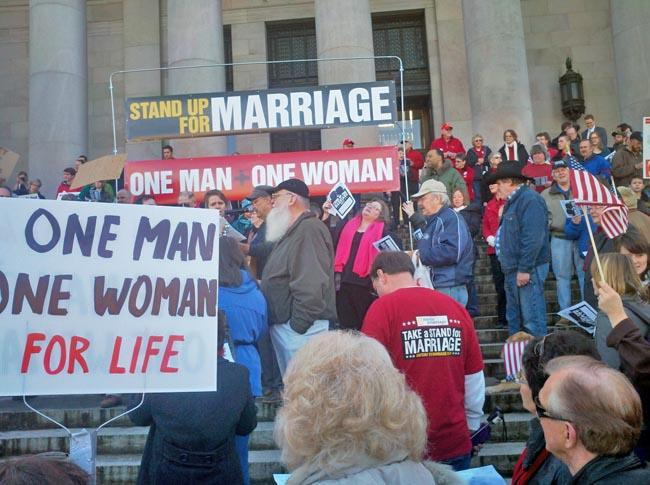 Opponents of gay marriage rally at the Washington Statehouse.