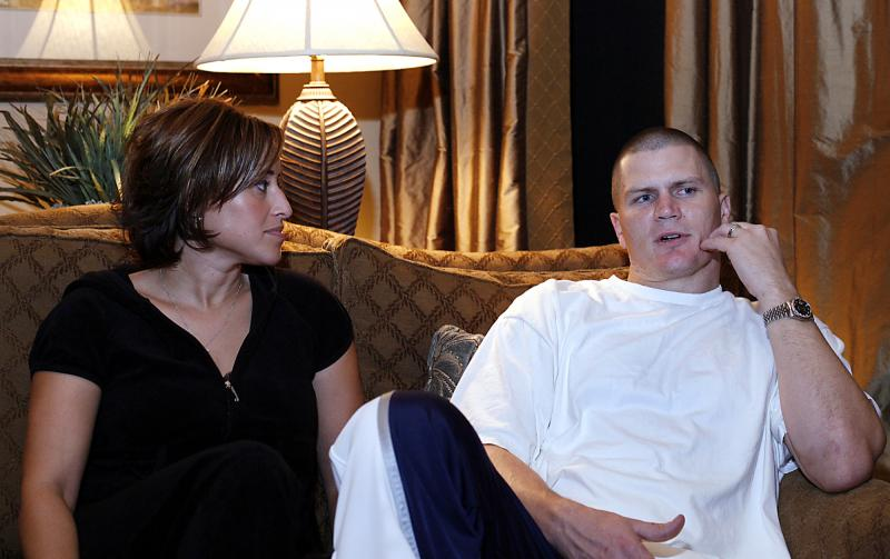 Jon Kitna talks about his life inside and outside of the NFL with his wife Jennifer in 2007.