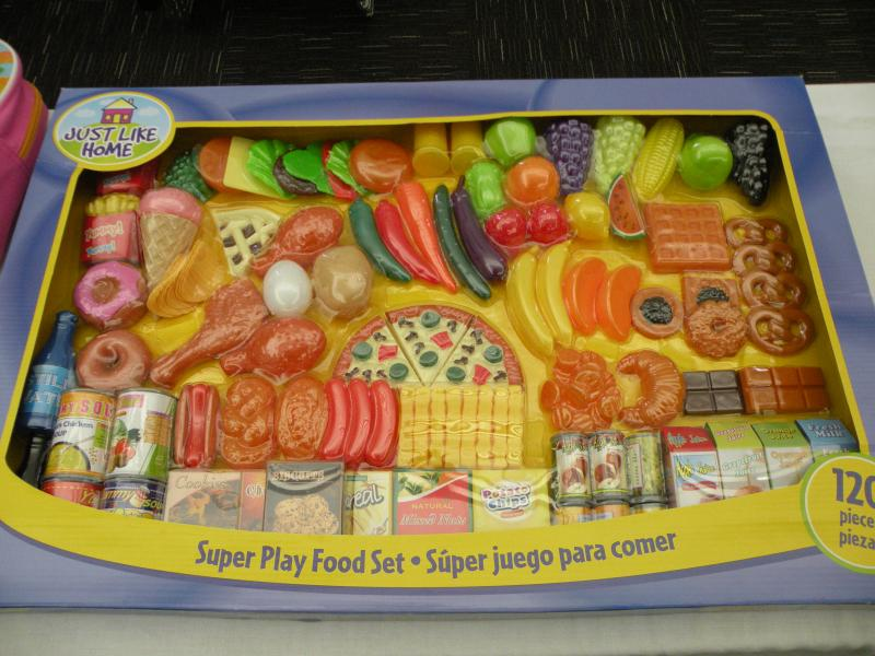 Plastic toy food can still pose a choking hazard, even if it meets federal guidelines, says WashPIRG