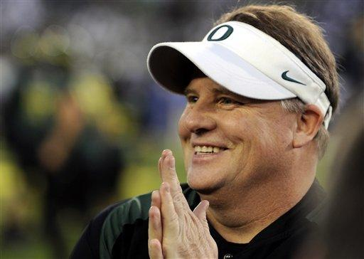 The Philadelphia Eagles have hired Oregon football head coach Chip Kelly after he originally chose to stay at Oregon.
