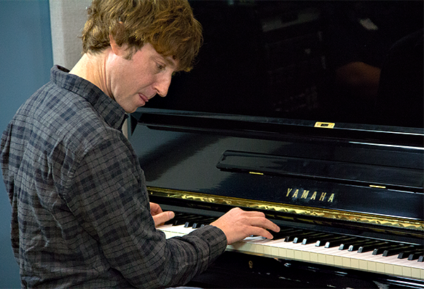 Benny Green in the KPLU Seattle studios on January 22, 2013.