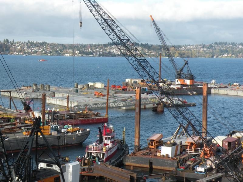 Additional work on the 520 bridge pontoons could cost tens of millions of dollars extra and push back the new bridge's opening by six months, after an expert review panel found design flaws that must be fixed.